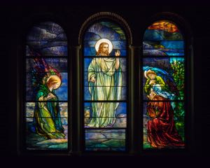 Cover image for Tiffany Windows